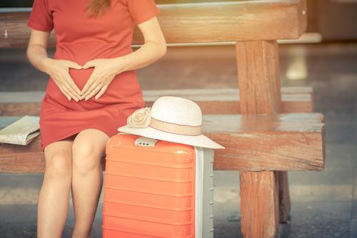妊娠初期は飛行機に乗れる?
