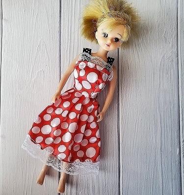 ミニーちゃんドレスを着たリカちゃん