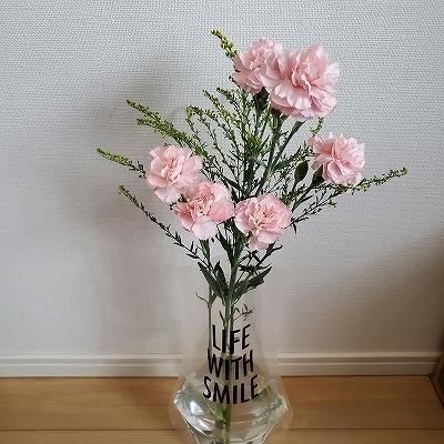 お花を入れてみました