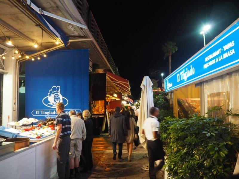 海沿いレストラン街