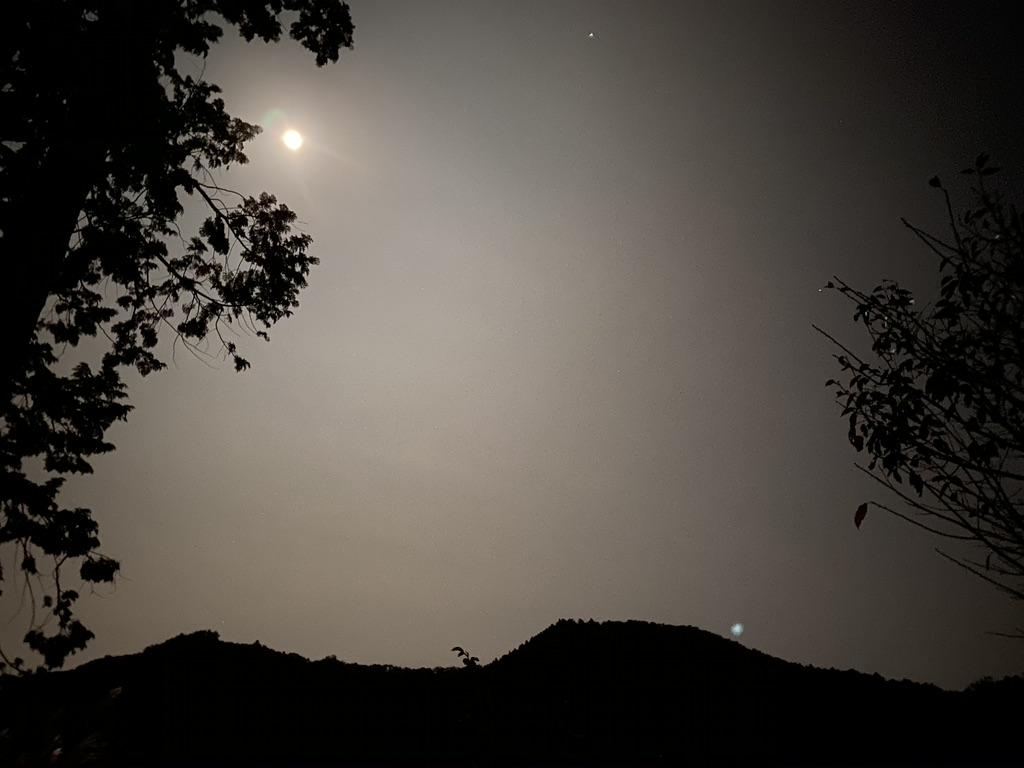 秋山川キャンプ場夜の景色