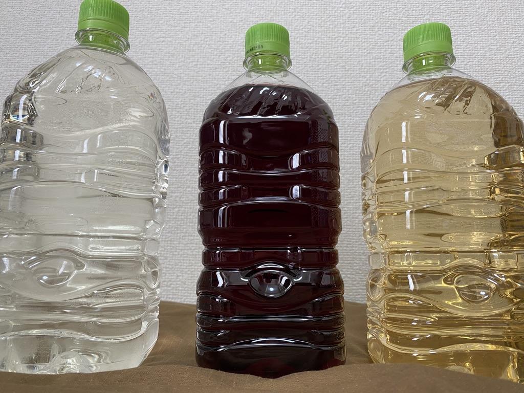 右から、梅酒・グリューワイン・日本酒