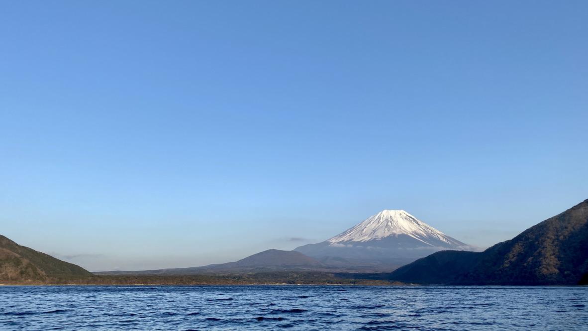 雲も取れて良い感じの富士山
