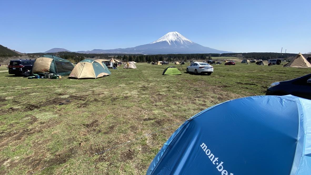 ふもとっぱらキャンプ場の富士山