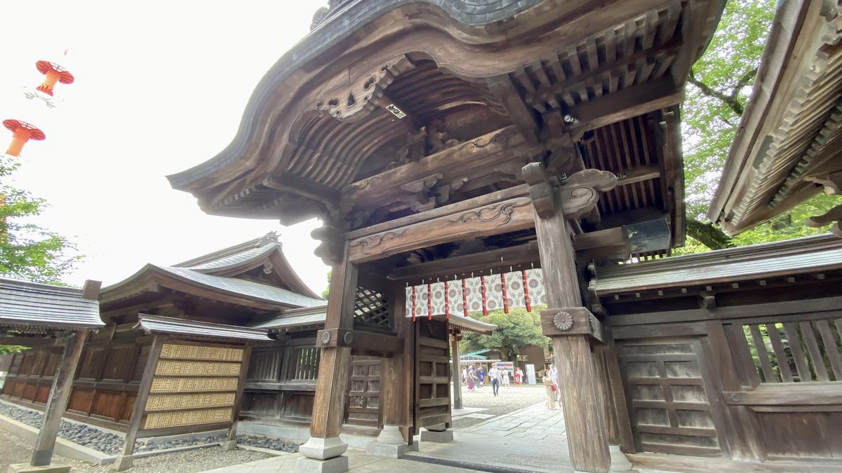 二荒山神社の神門