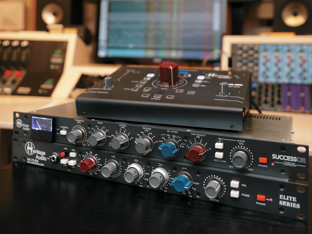 HERITAGE AUDIO(ヘリテイジオーディオ)はブリティッシュ・サウンドを連想させるビ ジュアルのアウトボードやモニター・コントローラーを手掛けているメーカーだ