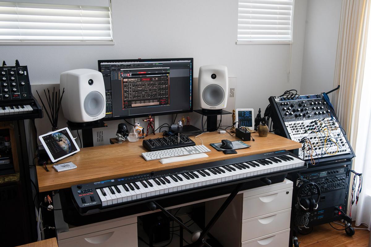 DTM初心者向けの企画。今回は「MIDIキーボードを使った打ち込み」について