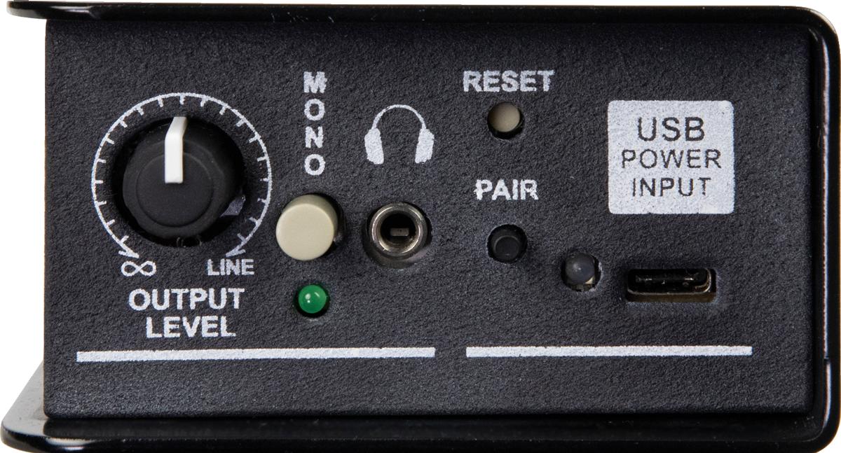 本体右側は、出力レベルの調整ノブとモノラル出力への切り替えスイッチ、ヘッドフォン出力(ステレオ・ミニ)、リセット・スイッチとBluetoothのペアリング・ボタン、電源供給用のUSB-Type C入力を搭載。モノラル出力にするとL/Rがサミングされた信号を2ch出力可能