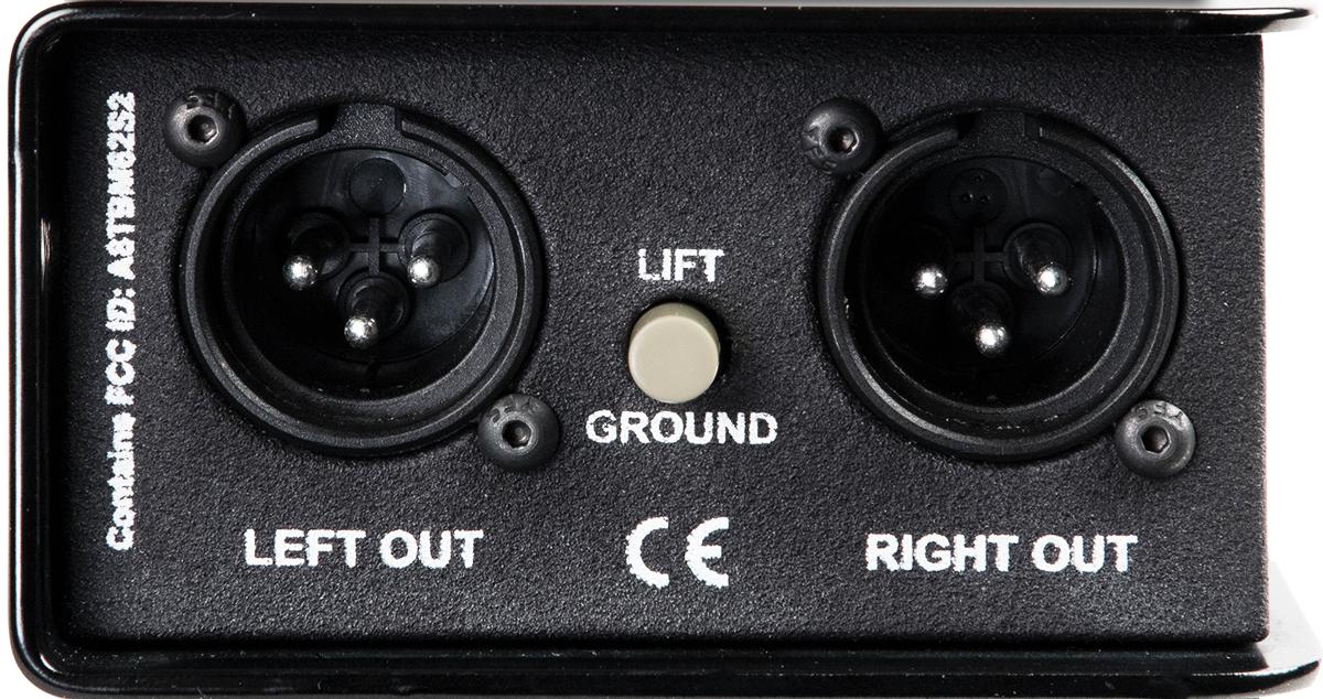 左側はファンタム電源を受けるアナログ出力(XLR)×2とグラウンド・リフト・スイッチを搭載。48Vファンタム電源での動作時はL/Rともに電源供給が必要