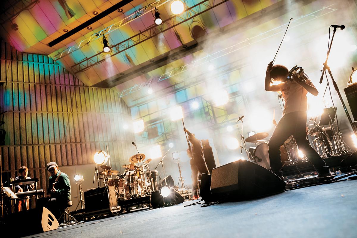 ROVOが12作目にしてセルフ・タイトル・アルバムをリリース
