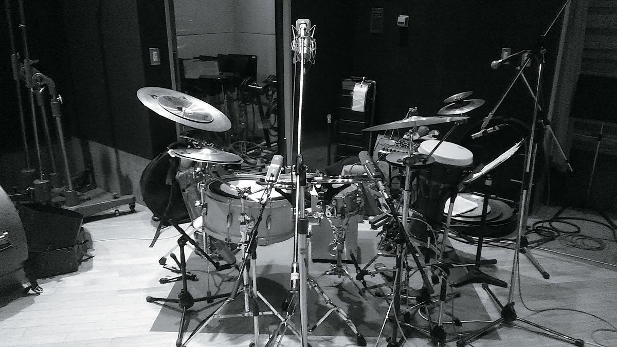 ROVOのドラム、岡部洋一のレコーディング時のマイクセッティング
