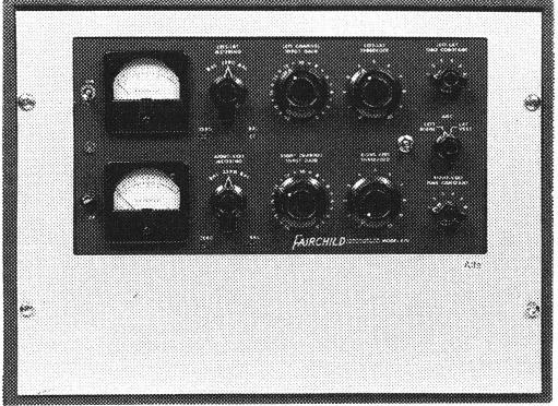 真空管仕様のコンプレッサー/リミッター「フェアチャイルド」