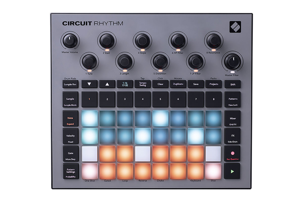 NOVATION Circuit Rhythm レビュー:ビート・メイクからパフォーマンスまで対応する小型スタンドアローン・サンプラー
