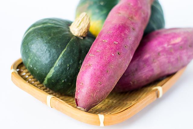 他の芋類とさつまいもの糖質とカロリーの比較