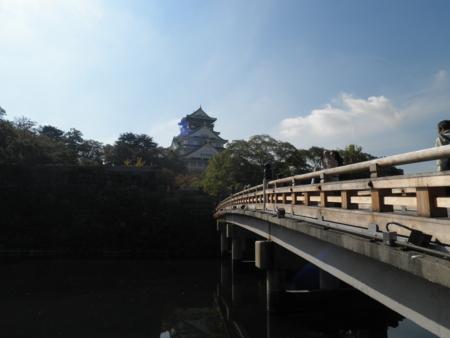 極楽橋と天守閣