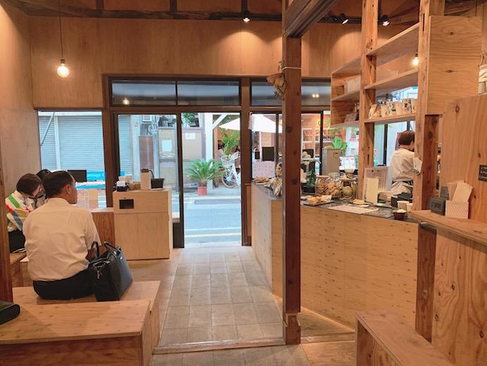 kannon coffee(カンノンコーヒー)の店内