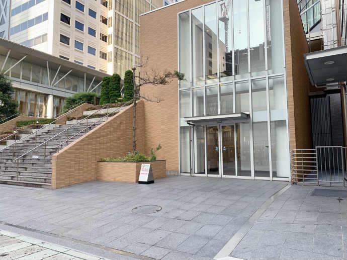 スタバ TSUTAYA 横浜みなとみらい店 駐車場 エレベーター 入り口