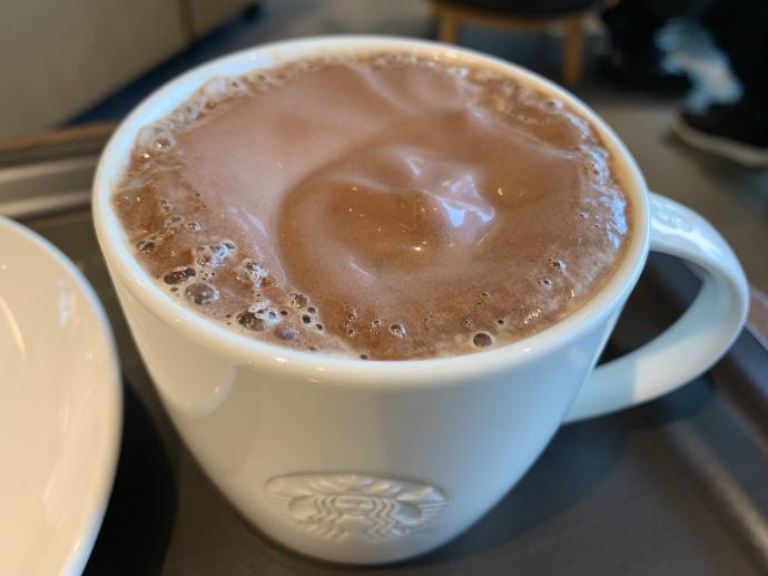 スタバ新作 チョコレートムースラテ with ドリップコーヒー