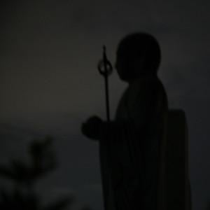 夜の[仏像]