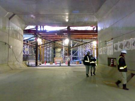 阪神高速トンネル工事
