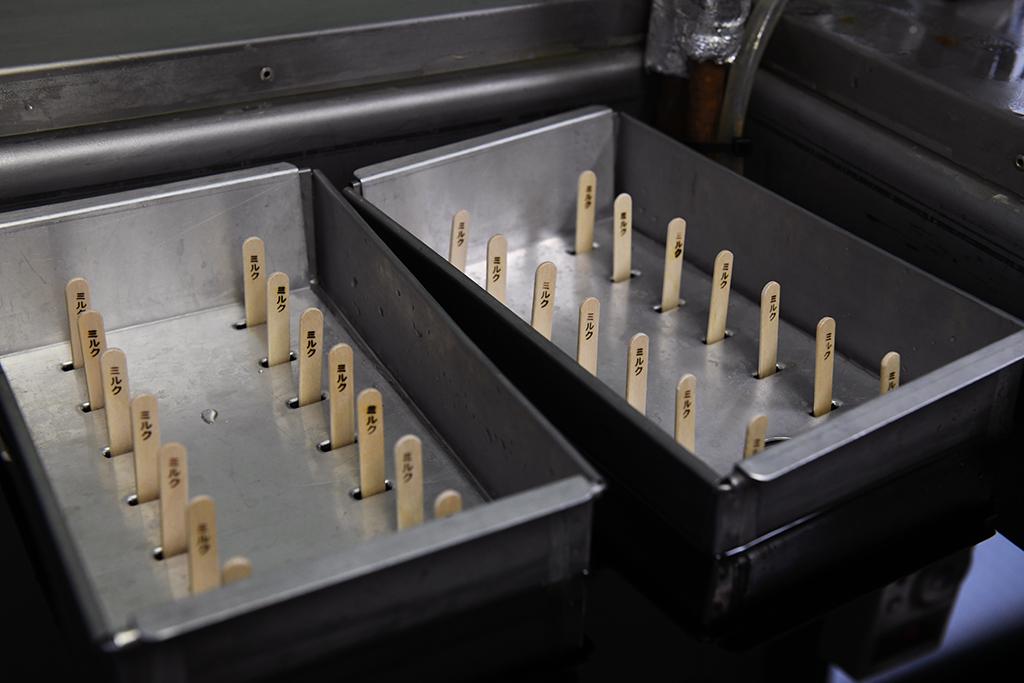 アイスキャンディー製造中イメージ