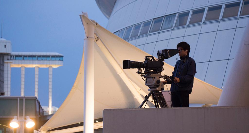 会場の映像カメラマン