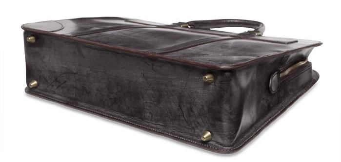 ganzo-briefcase-bottom