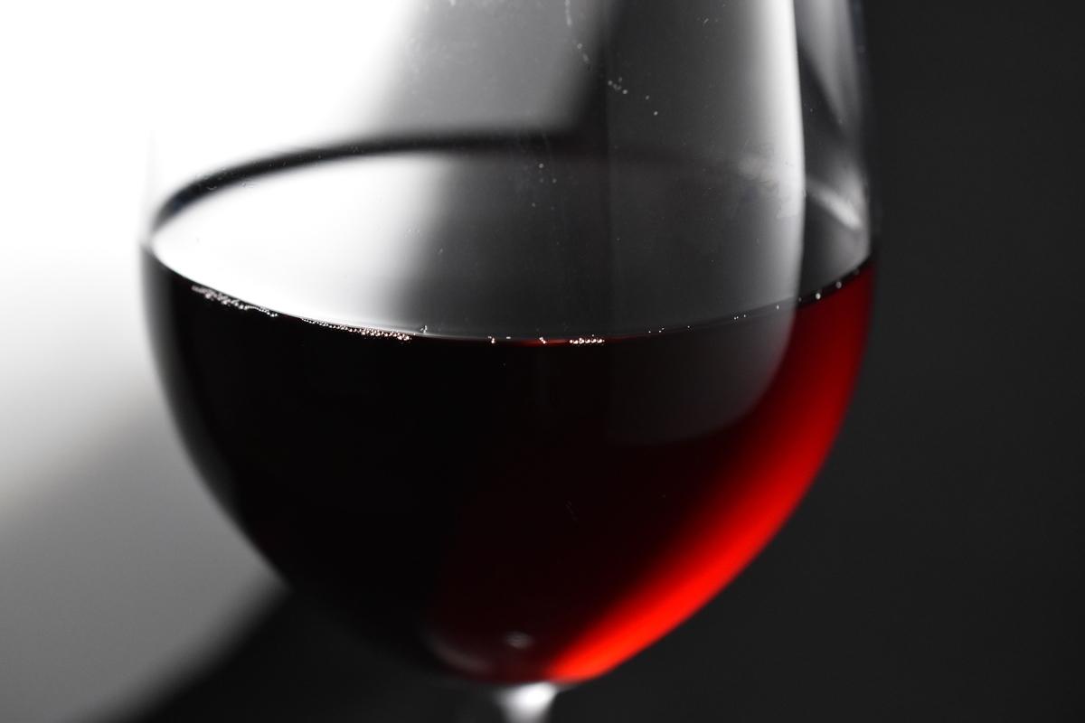 露出補正ありの赤ワイン(-2.0EV)