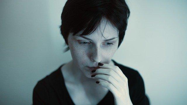 うつ病 悲しい 悩み