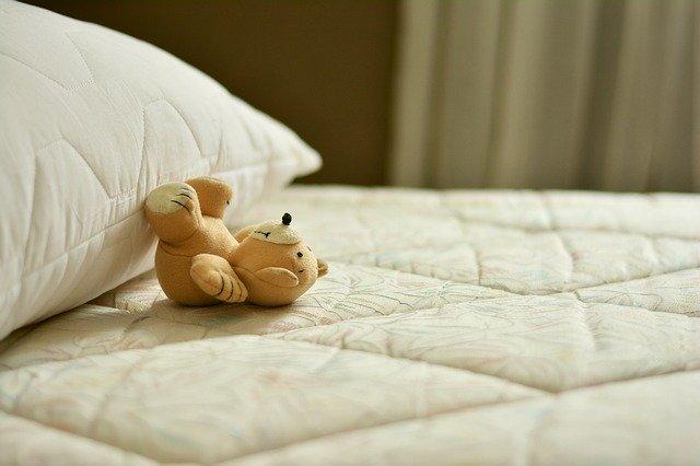 寝不足が引き起こす症状