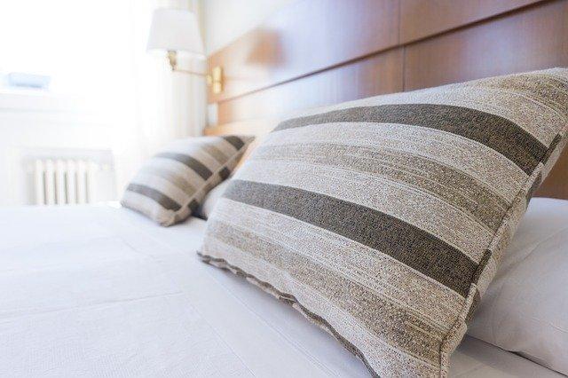 寝不足をすっきり解消する魔法の快眠枕