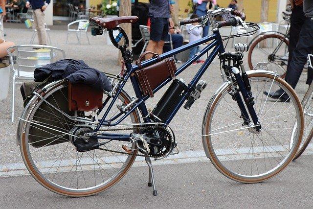自転車につけるバッグ類