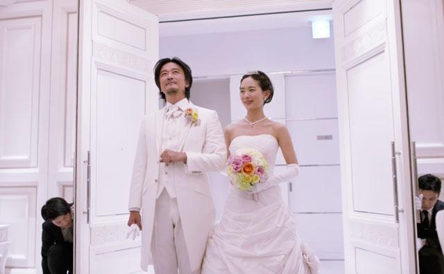 映画リップヴァンウィンクルの花嫁。偽造結婚式。