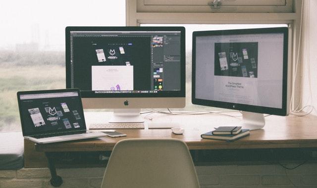 一級建築士オンラインWEB講座とライブ講座の比較