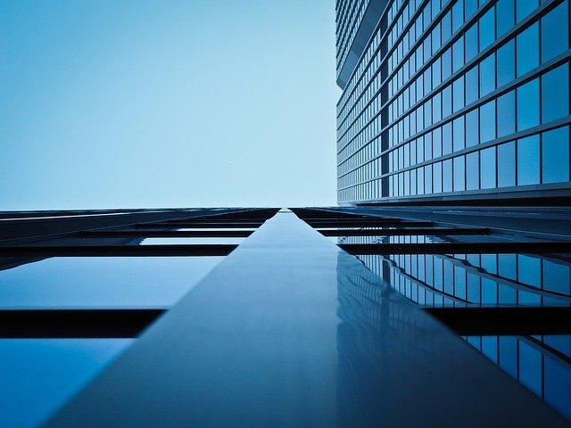 大企業とベンチャーはどっちがいいのか