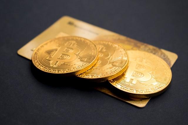 金(ゴールド)投資をオススメする3つの理由|デメリットも解説