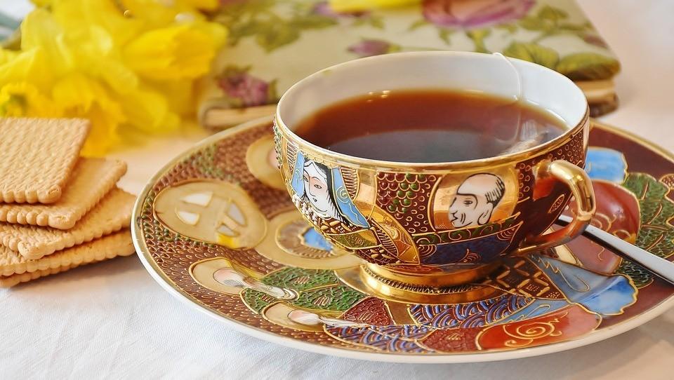 紅茶(カップ&ソーサ)1