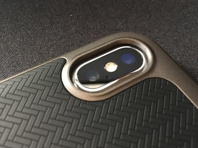 Spigen ネオハイブリット iPhoneX
