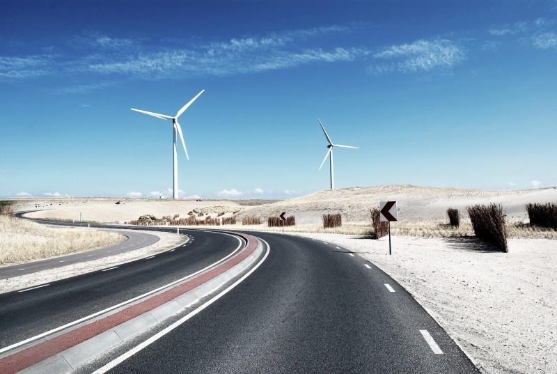 風力発電と道路