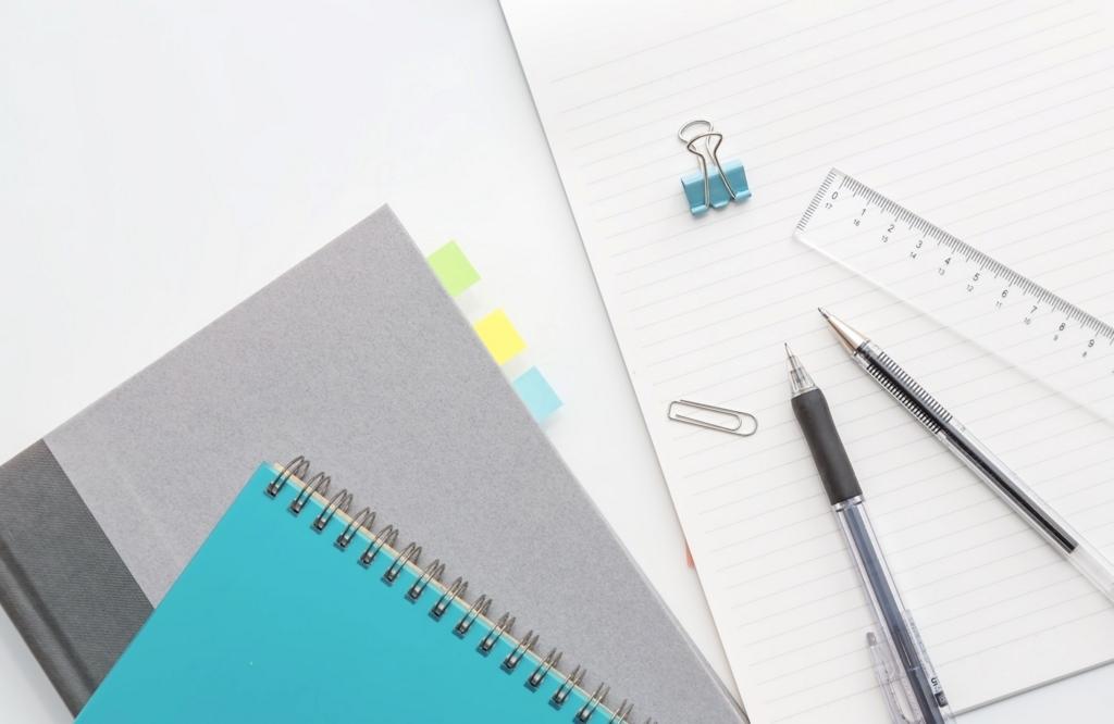 ノートと筆記用具