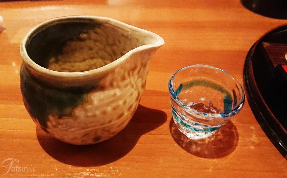 やはり日本酒が合いますね