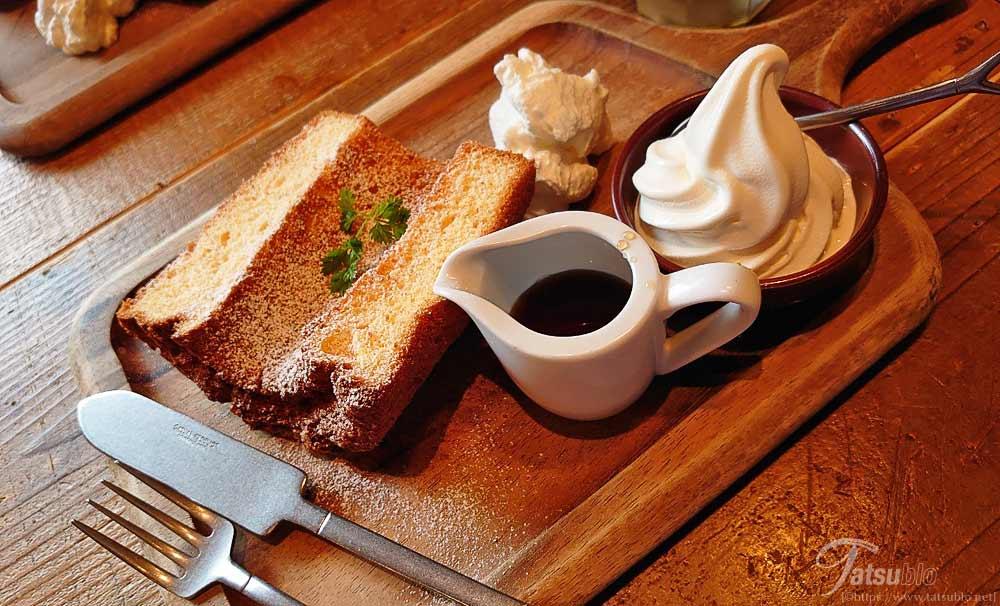 デザートセットでメープルのシフォンケーキ