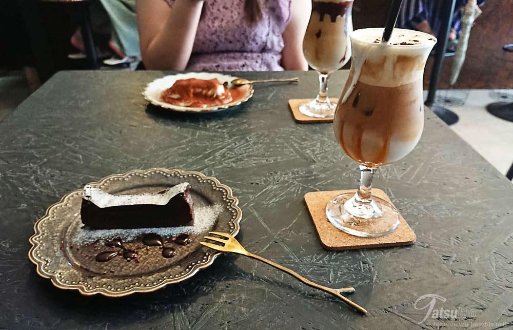 アイリッシュラテとガトーショコラ