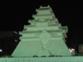 鶴ヶ城はまだライトアップされていませんでした…