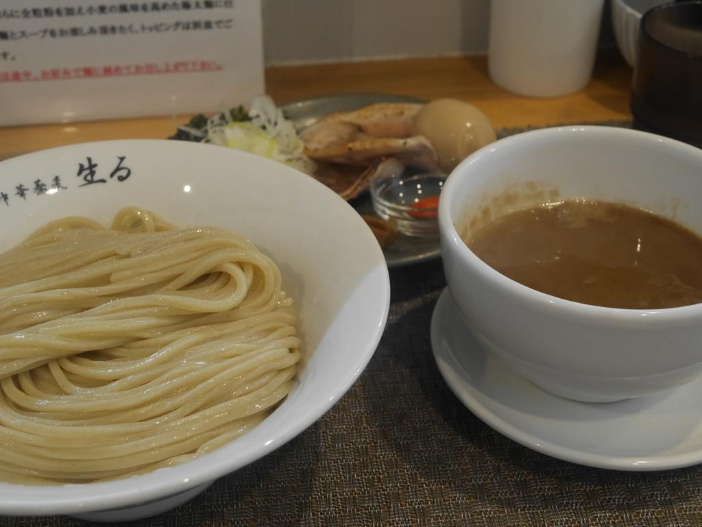 名古屋ラーメンランキング1位生るのつけ麺