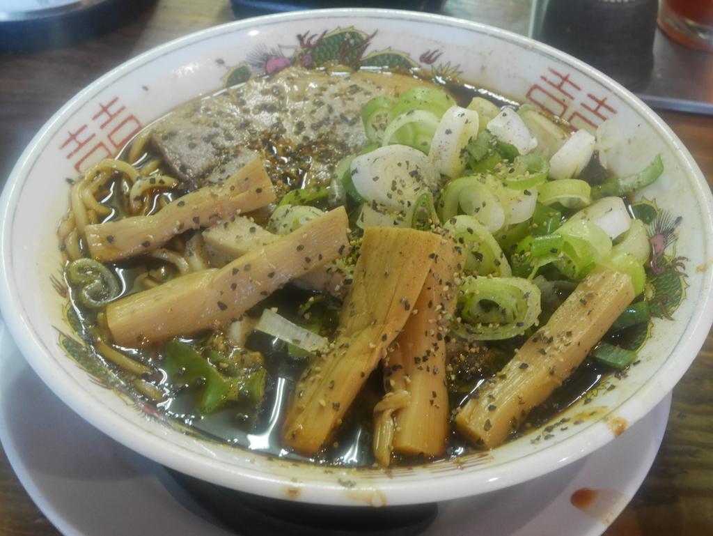 金山 ラーメン 麺屋山岸