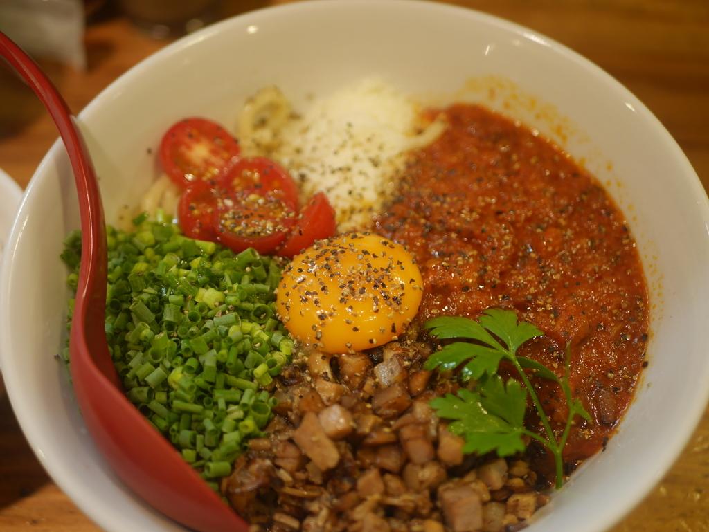 名古屋ラーメンランキング16位十夢のトマトまぜメン