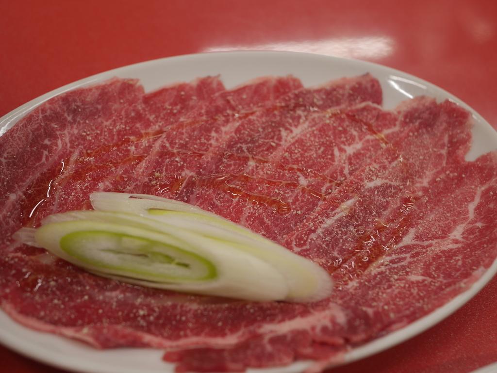 名古屋駅近くにある焼肉アジェの天肉