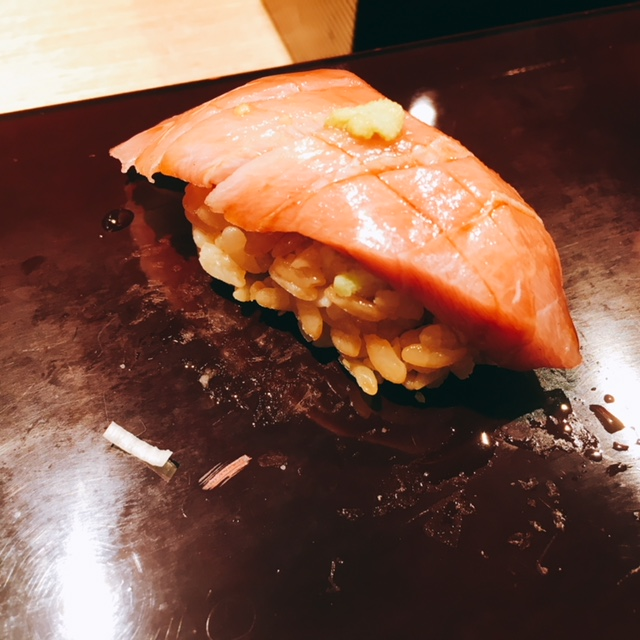 大名古屋ビルディングにあるお寿司屋さん男前酢の中トロ