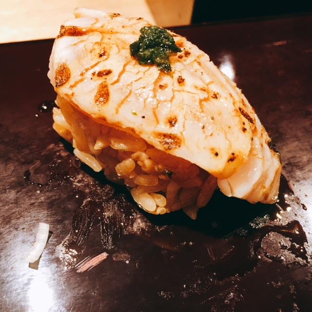 大名古屋ビルディングにあるお寿司屋さん男前酢の炙りサワラ